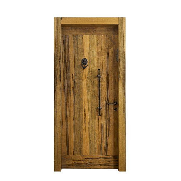 דלת כניסה אגוז
